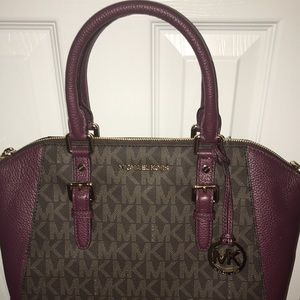 Handbags - Brand New Never used MK bag